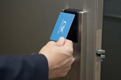 安心・安全|カードキーシステム