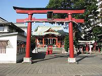 穴守稲荷神社(最寄り駅から徒歩約3分)