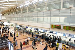 羽田空港(電車で直通18分)