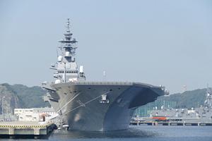 横須賀軍港巡り(最寄駅から徒歩約5分)