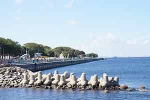 横須賀海辺つり公園(最寄駅から徒歩約10分)